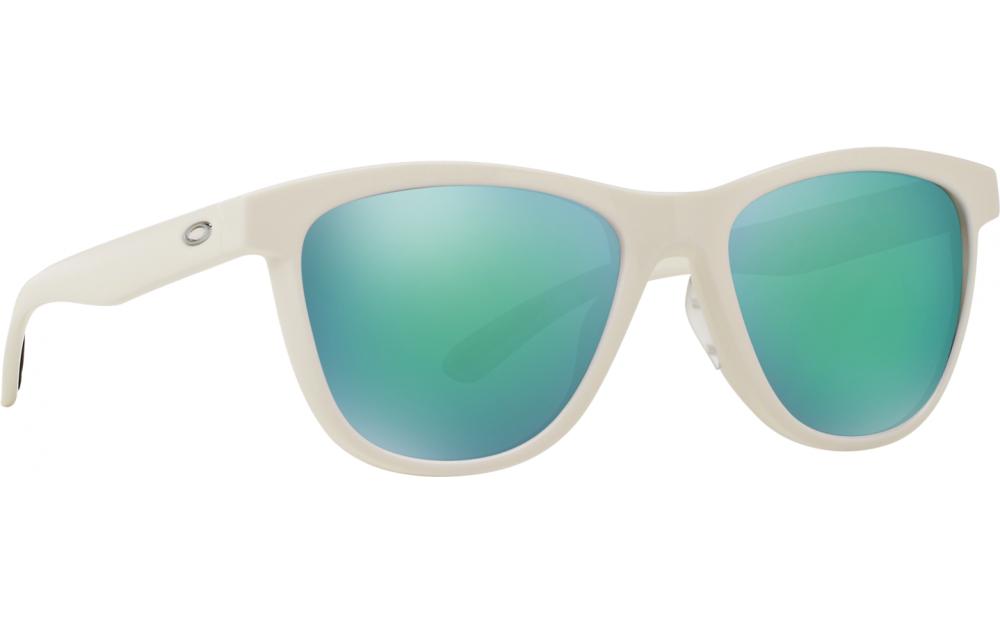 0048383a61a Oakley Moonlighter OO9320-06 Sunglasses