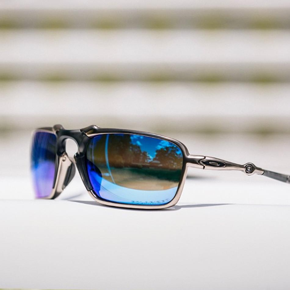 a18b9340d4 Oakley Badman Oakley Badman sunglasses are inspired by the masculine  attitude of the X Metal collection. A combination of lightweight aluminium  and O Matter ...